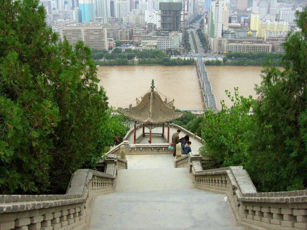 Lanzhou i Kina ligger langs Silkeveien.