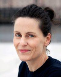 Isakstuen-Monica- Gykdendal norsk forlag